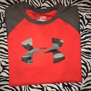 Boy's Under Armour Shirt YXL